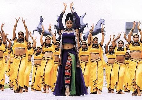 http://mimg.sulekha.com/hindi/kunwara/images/stills/kunwara4.jpg