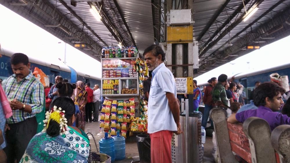 nizamuddin-railway-station