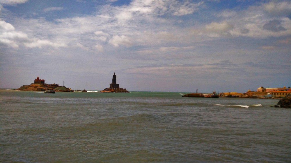 vivekananda-rock-memorial-and-thiruvalluvar-statue